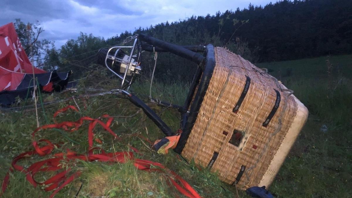 Фестиваль воздушных шаров в Каменец-Подольском закончился смертельным падением: детали и фото трагедии