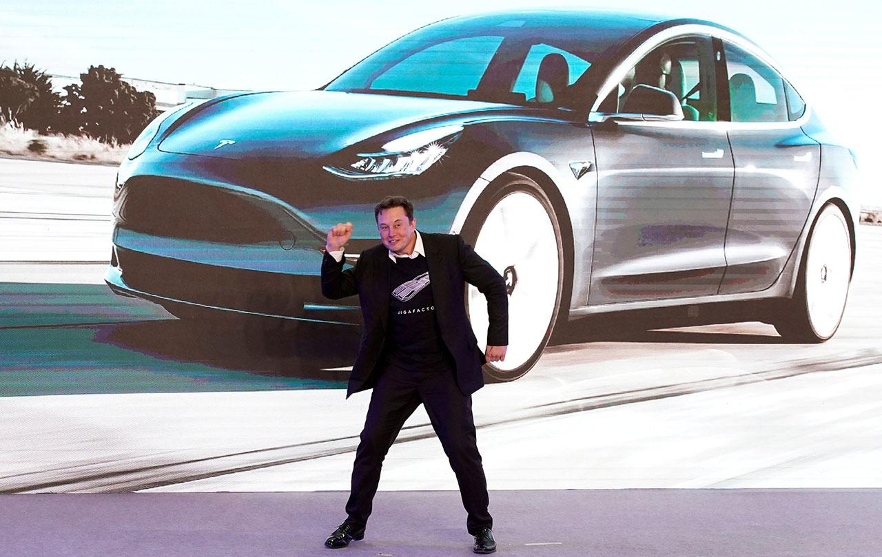 Илон Маск объяснил, почему подорожали автомобили Tesla