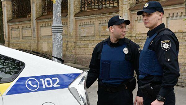 Двух полицейских будут судить из-за пытки юношей