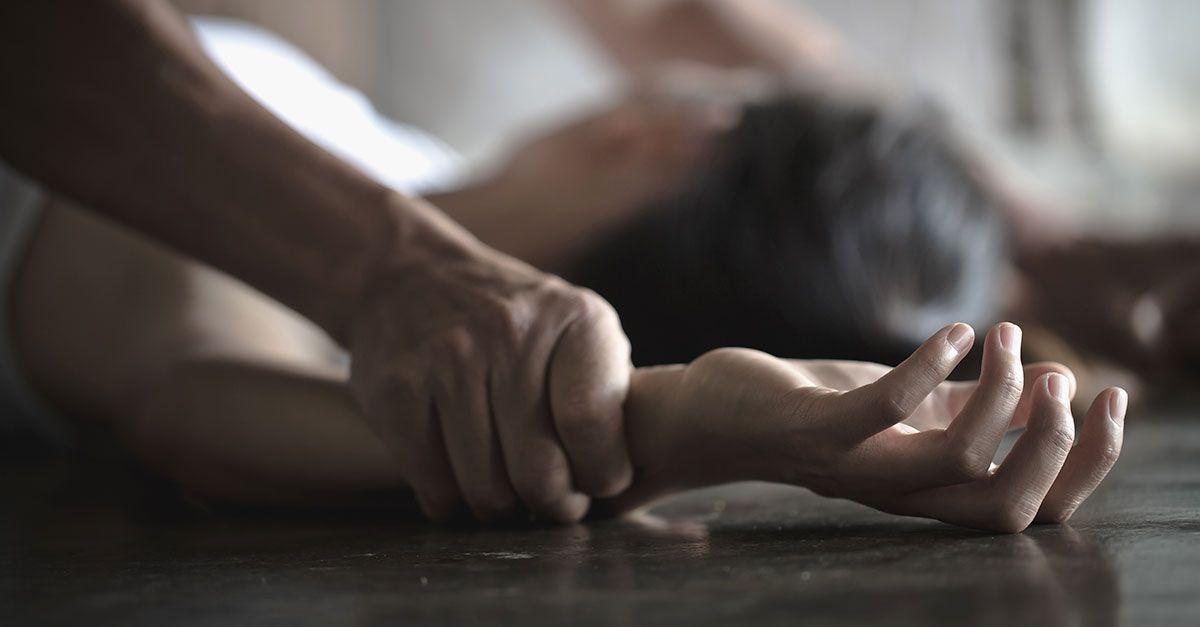 На Сумщине отец с дядей годами насиловали несовершеннолетнюю девушку с инвалидностью