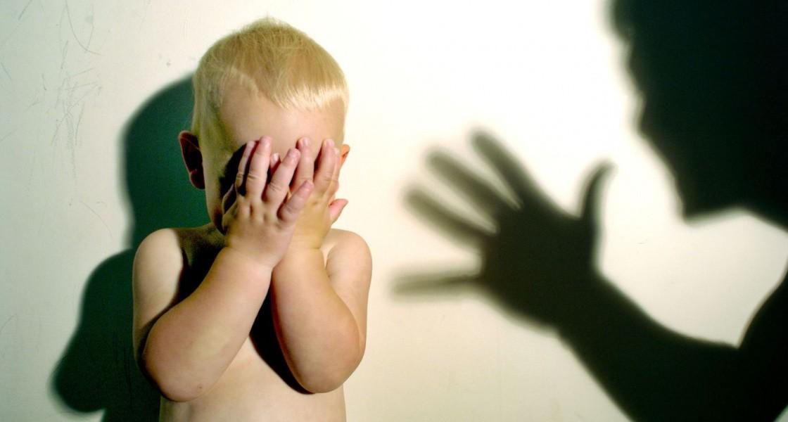 В Черкассах няня избила двухлетнего ребенка в детском саду