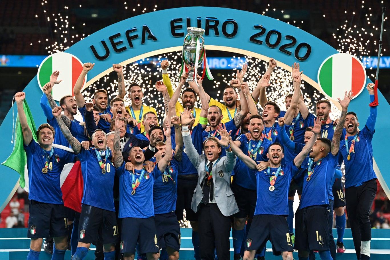 После пандемического ада — футбольный рай. Что британские и итальянские СМИ пишут о финале Евро-2020