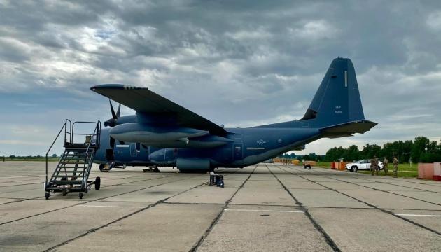 В Винницу прибыли американские военные летчики