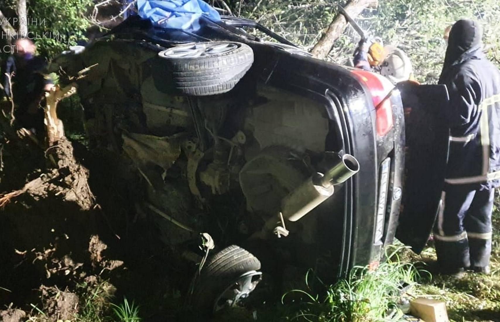 Ночное ДТП на трассе Мукачево — Львов: два человека погибли