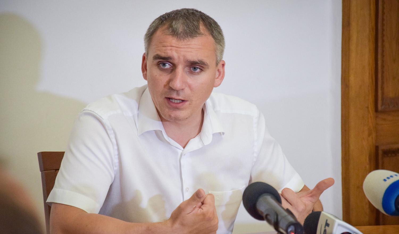 Мэр Николаева: порт городу не нужен, он наносит разрушения