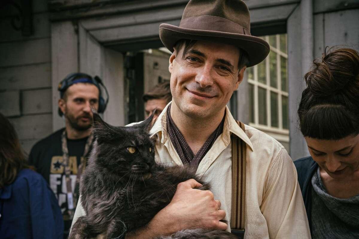 Воланд-немец и два кота: в Петербурге снимают новую версию «Мастера и Маргариты»