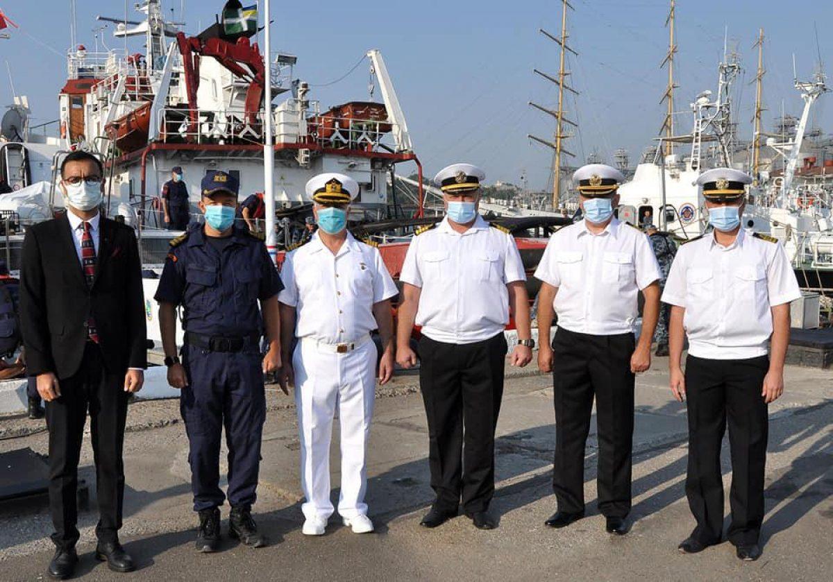 Угостили борщом: в Одессу прибыл катер Береговой охраны Турции TCSG 303 (фото)