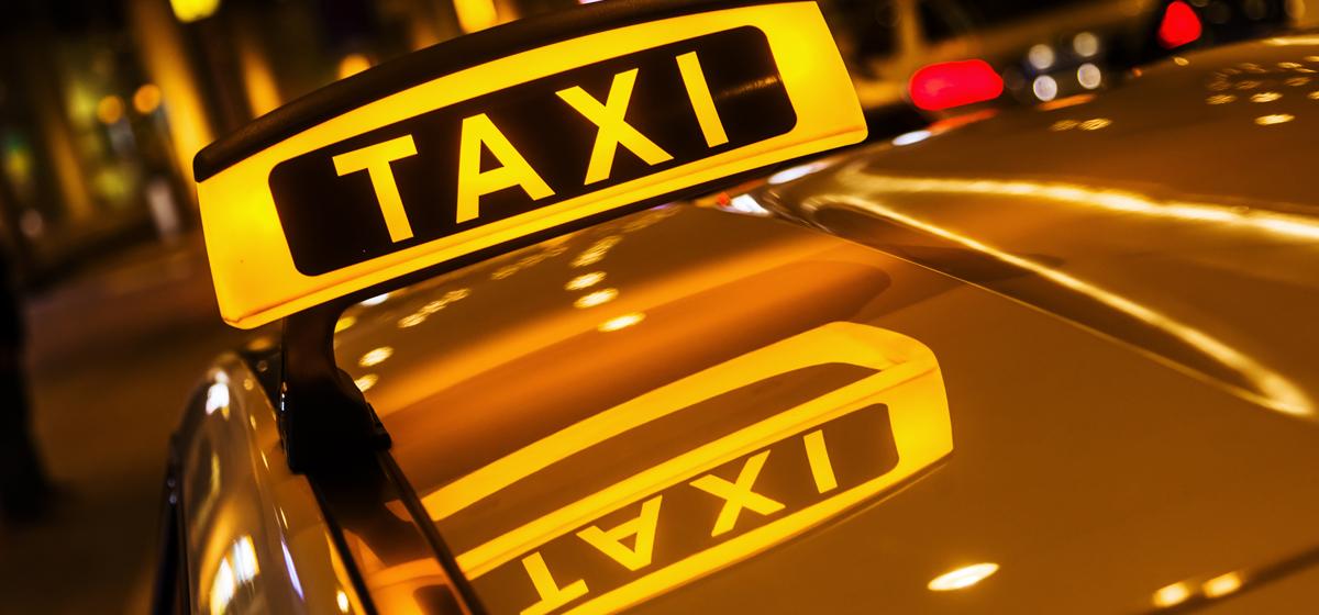 В Херсоне таксист спас мальчика и его маму из пожара