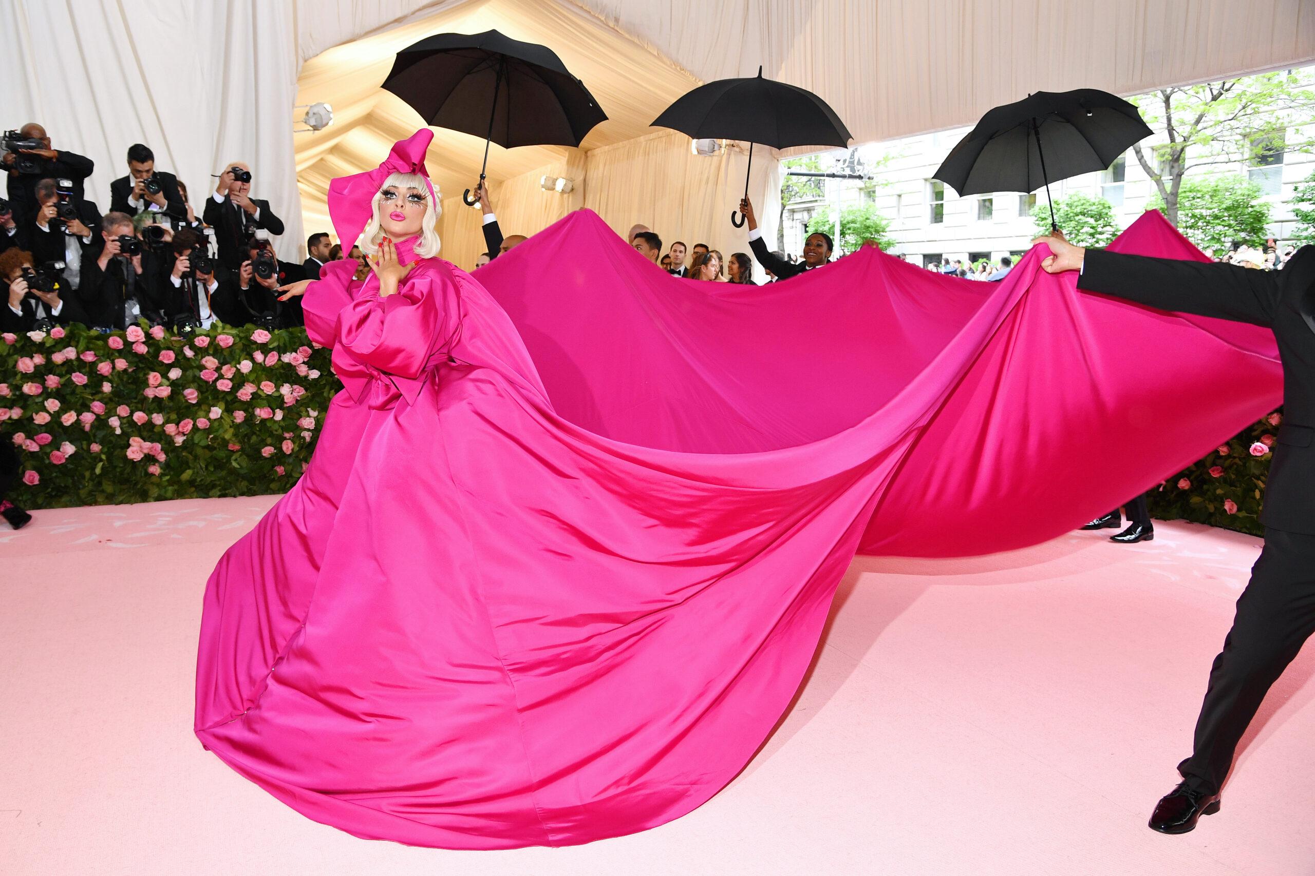 Стилисты назвали худшие наряды Met Gala 2021: образ Джей Ло стал одним из них (фото)