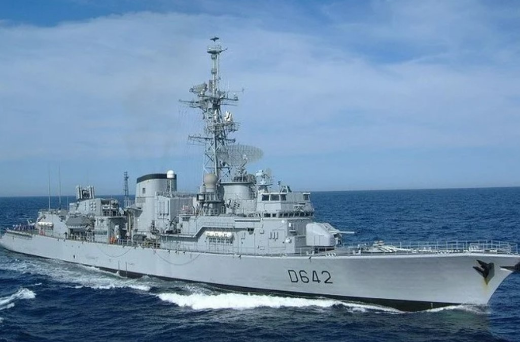 «Первый дерзкий шаг». Франция поставит ВМС Греции три фрегата