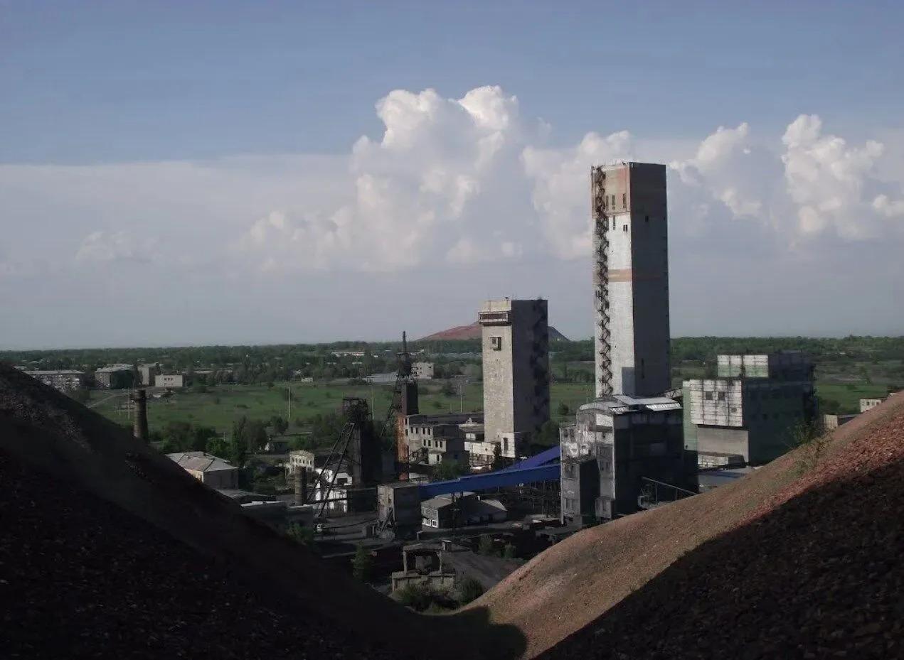 В шахте на неподконтрольной Луганщине оборвался трос, есть погибшие