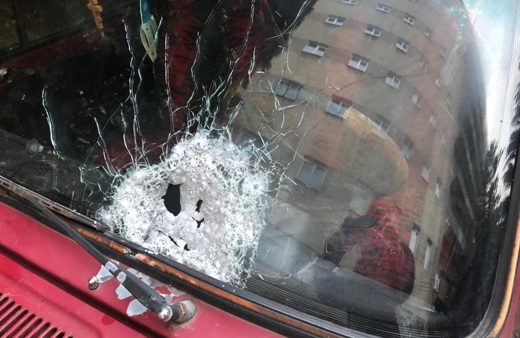 В Черновцах мужчина обстрелял движущиеся «Жигули»: два человека получили ранения