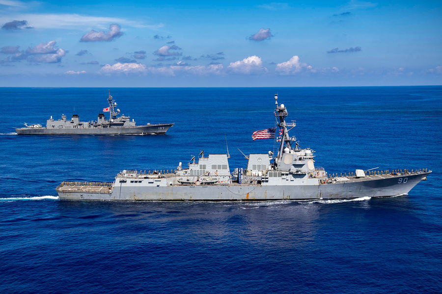 Пентагон отказался комментировать инцидент с эсминцем Chafee