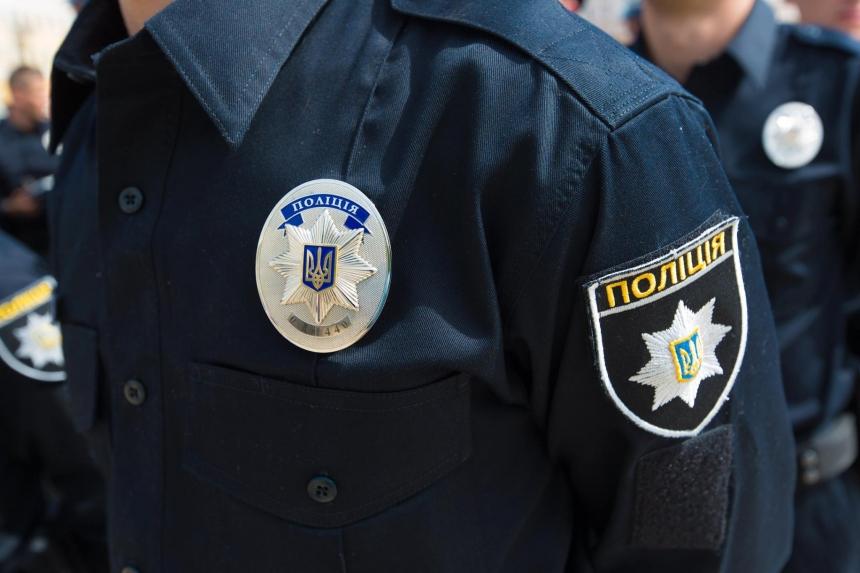 Житель Днепра застрелился на улице, заранее назвав полиции причину и место суицида