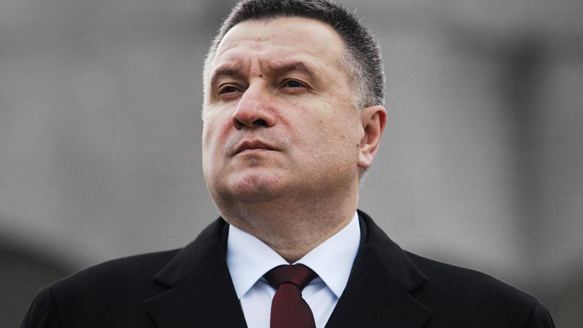 Аваков призывает разработать военный сценарий возвращения Крыма и ОРДЛО