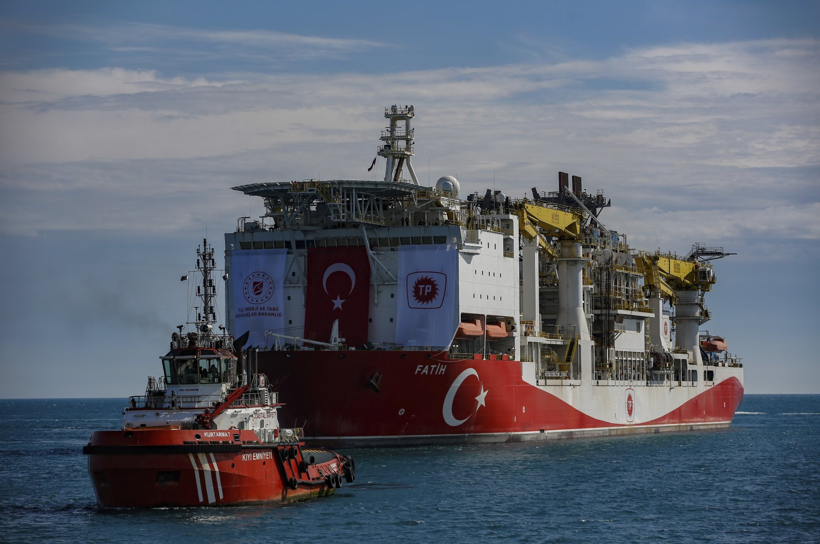 Турция направила весь свой спецфлот на освоение запасов газа в Черном море