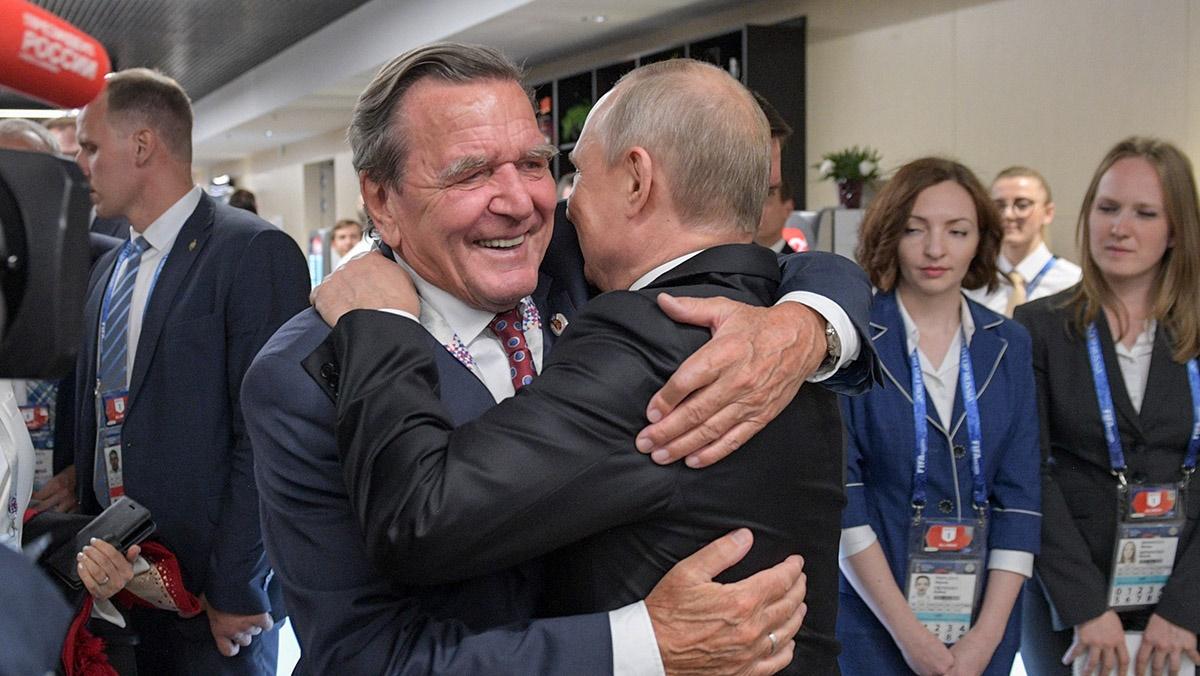 Путин: пусть Германия поклонится в ножки Шредеру за дешевый газ
