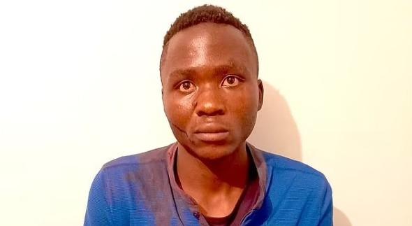 В Кении серийный убийца-«вампир» сбежал перед судом и подвергся линчеванию