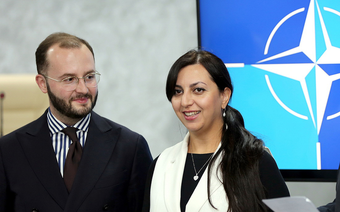 Украина получила от НАТО гуманитарную помощь для борьбы с COVID-19 (фото) - 2 - изображение