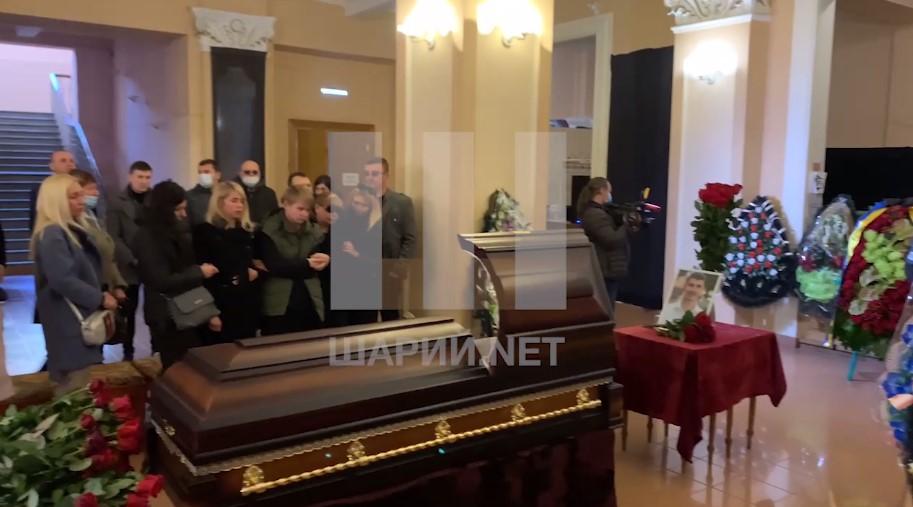 В Чернигове прощаются с нардепом Поляковым (видео)
