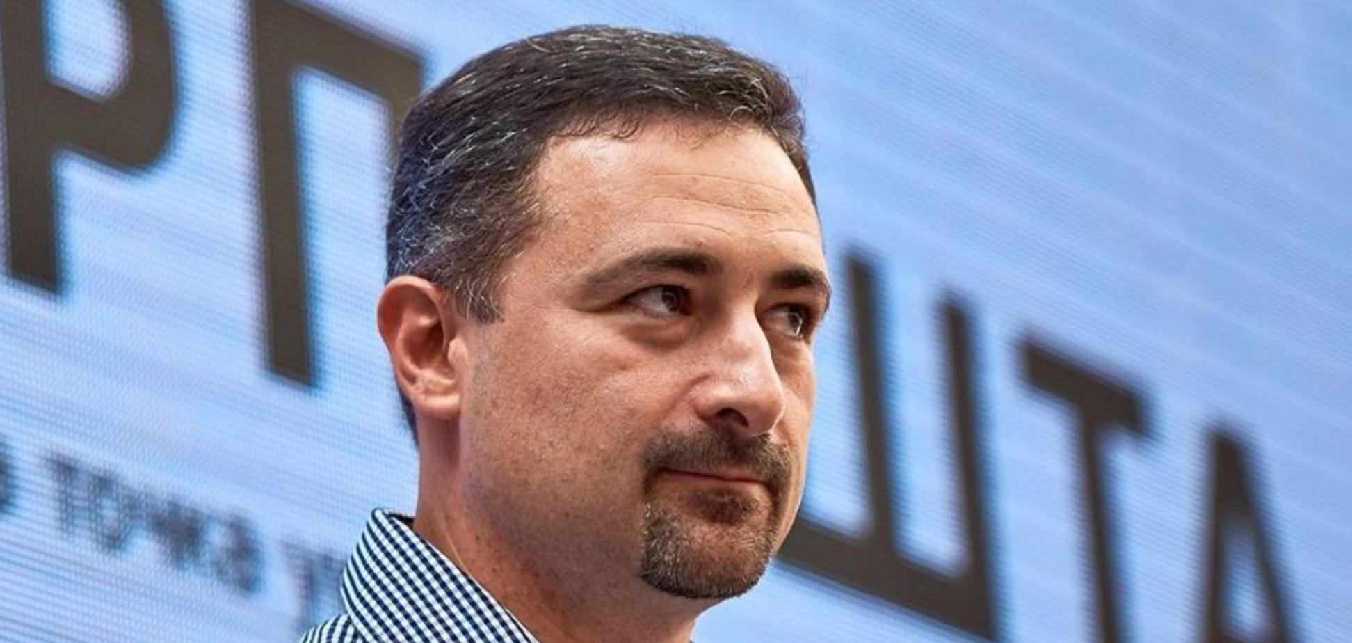 Сотрудник Укрпочты потребовал 1 млрд евро компенсации за принудительную вакцинацию