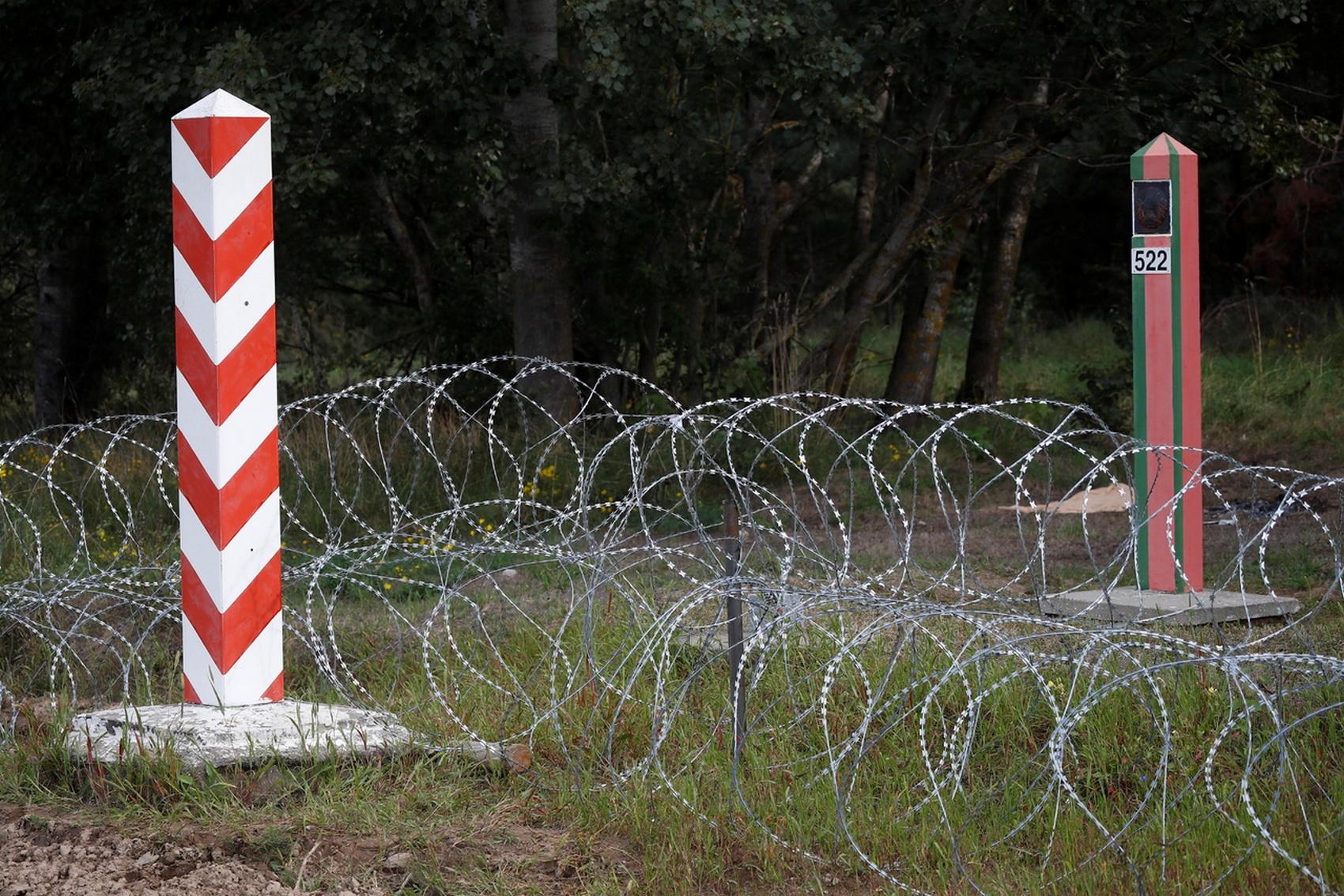 Польша строит забор для защиты от Путина и Лукашенко